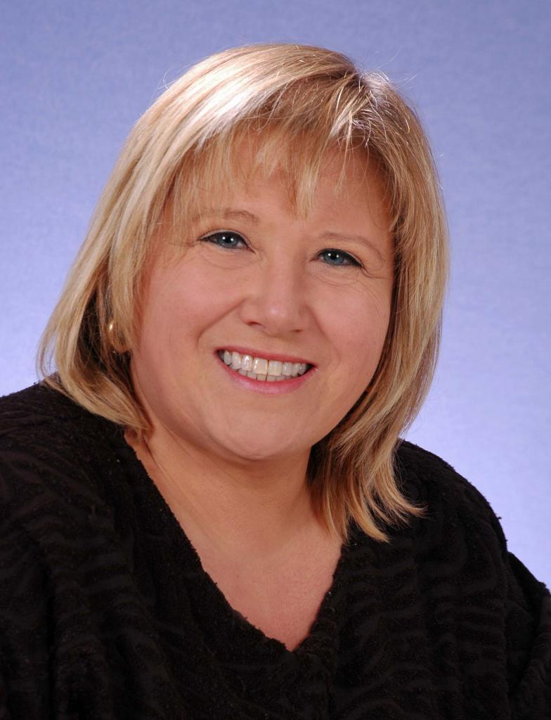 Ihr Ansprechpartner: Ellen Hummel